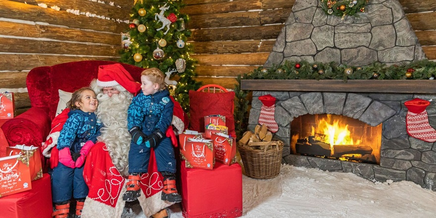 Meet Santa at Christmas Wonderland in Ski Dubai