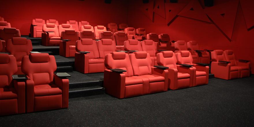 vip lounge cinema experience in oman